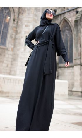 Anneka Tie-front Abaya