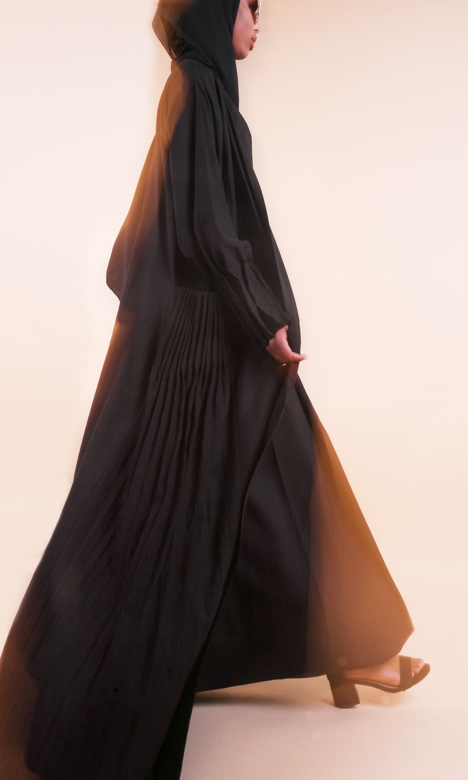 Luxe Abaya in Pink