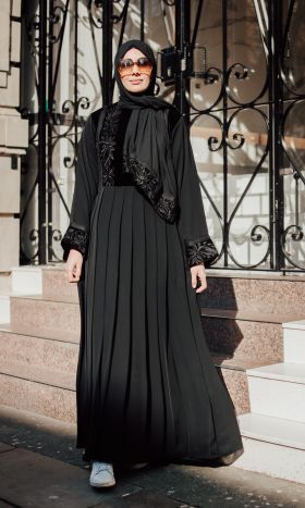 Black Lady Velvet Empress Abaya