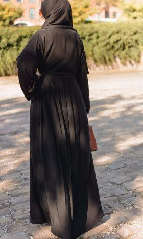 Faithful Tucked Pleats Abaya