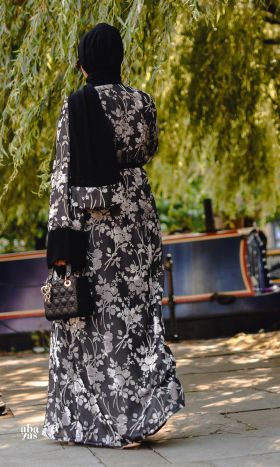 Neema Devoré Kimono in Black