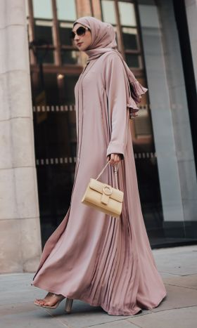 Pleats Please in Chic Pink Abaya