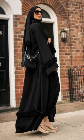 Black Ruffled-Hearts Abaya