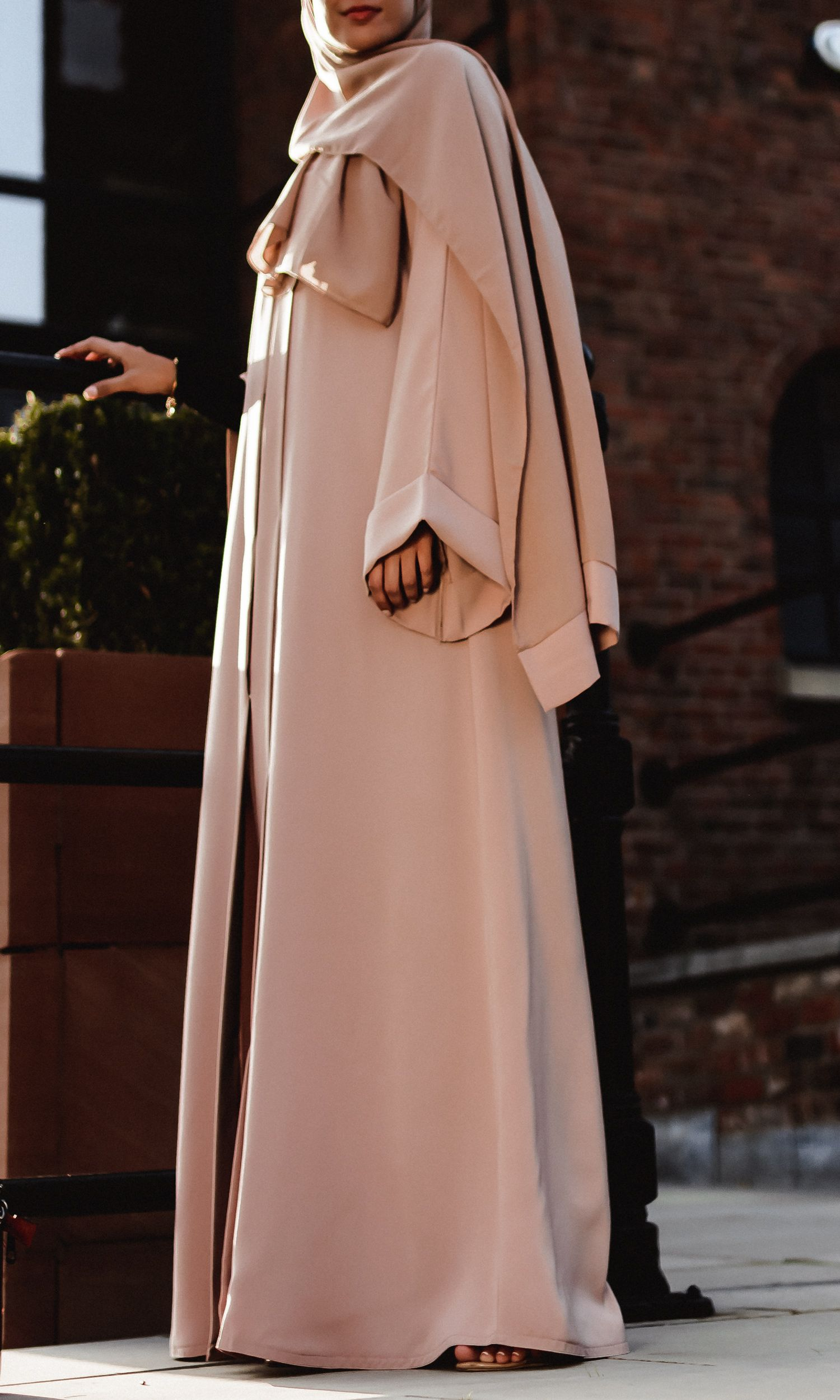 Stellaire Linear-Embellished Open Abaya