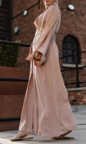 Luxe Abaya in Nude-Pink