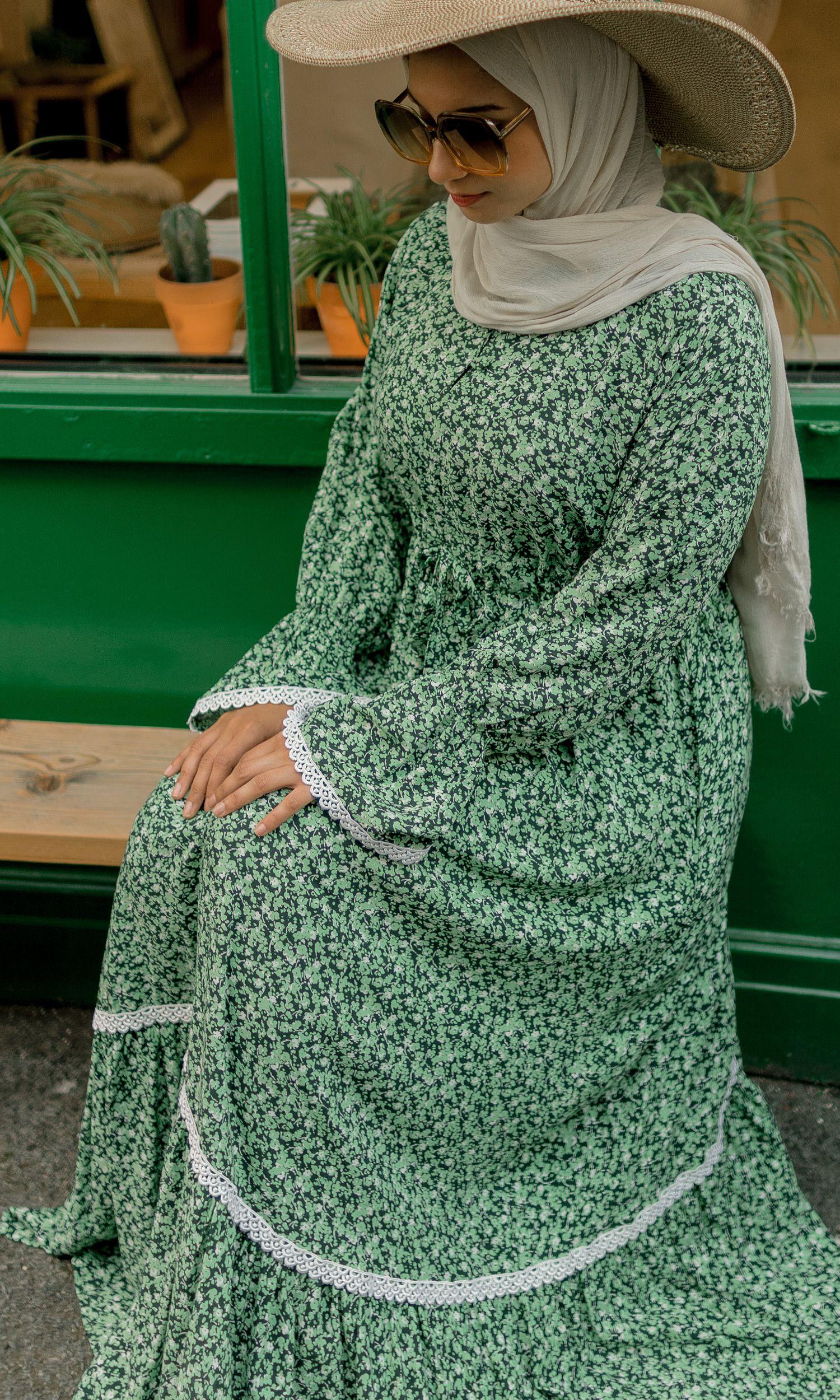 Rosa Antico Open Abaya